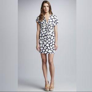 LIKE NEW DVF Natalie Twist Front Gathered Dress